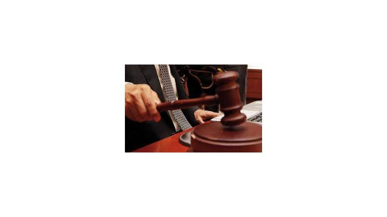 Frenaron vía decreto la implementación del Código Procesal Penal