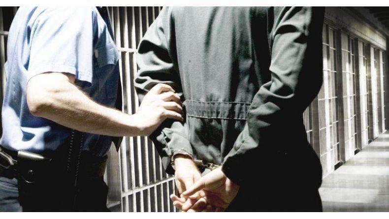 Un mes de prisión preventiva por golpear  a su ex pareja y a los hijos de la mujer