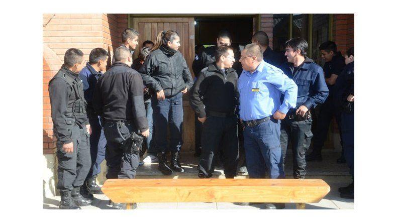 Caleta Olivia: policías intensifican medidas y se autoconvocan