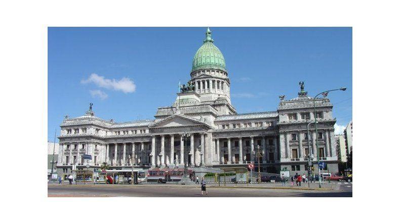 El Gobierno prorrogó las sesiones ordinarias hasta el 9 de diciembre
