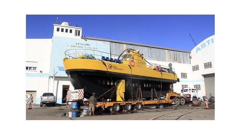 El Yellow Submarine inició su viaje a la costa de Chubut
