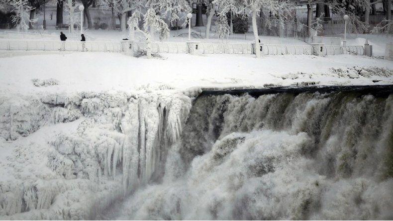 Cataratas del Iguazú: derrumbe obligó a cerrar sector del circuito