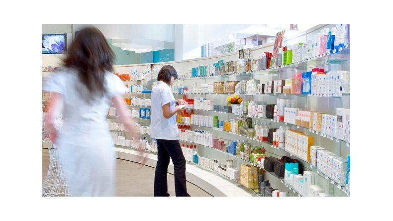 Las farmacias atraviesan una difícil situación por las deuda de PAMI y SEROS