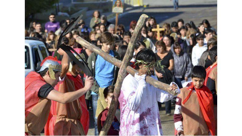 Comodoro exhibe su fe