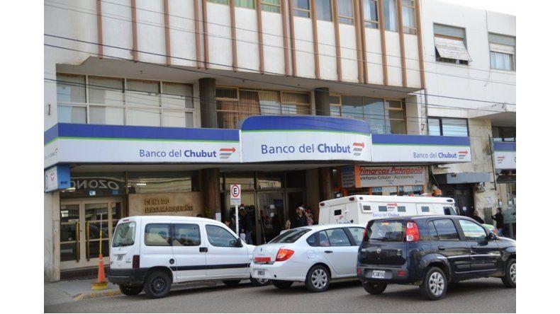 El Banco del Chubut adhiere a los feriados del 30 y el 1