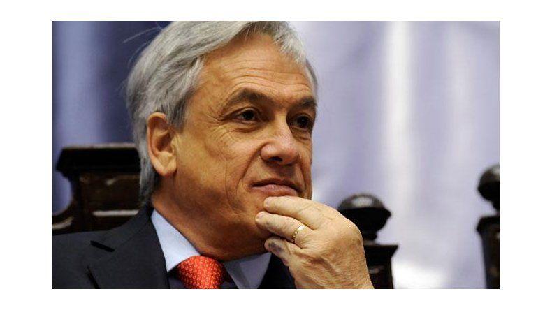 Piñera sigue liderando las encuestas a una semana de las elecciones en Chile