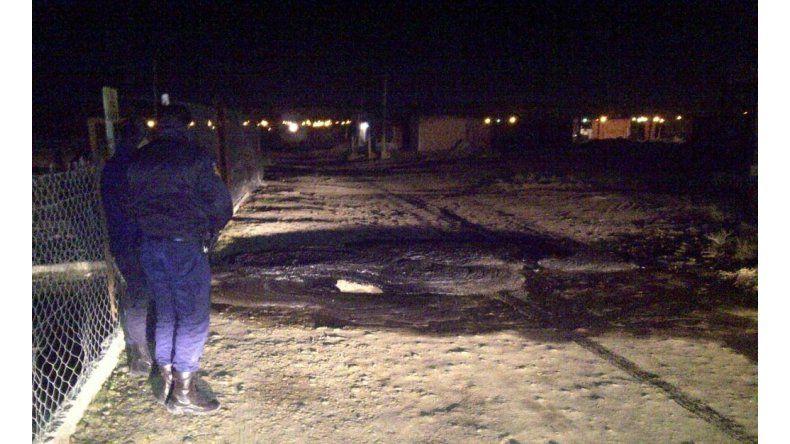 Derrame de petróleo en asentamiento ilegal de Km 8