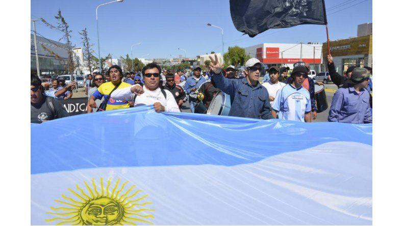 En Chubut esperan por una mejora del precio del barril, hidrocarburos no convencionales y un marco regulatorio