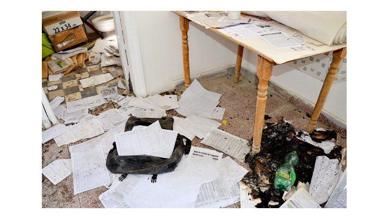 Denuncian un atentado en la sede del Partido Socialista de los Trabajadores