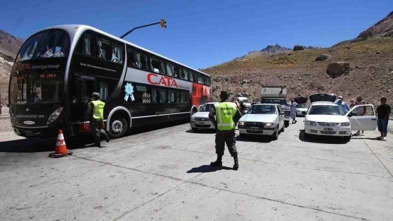 Mañana y el viernes hay paro de aduanas chilenas