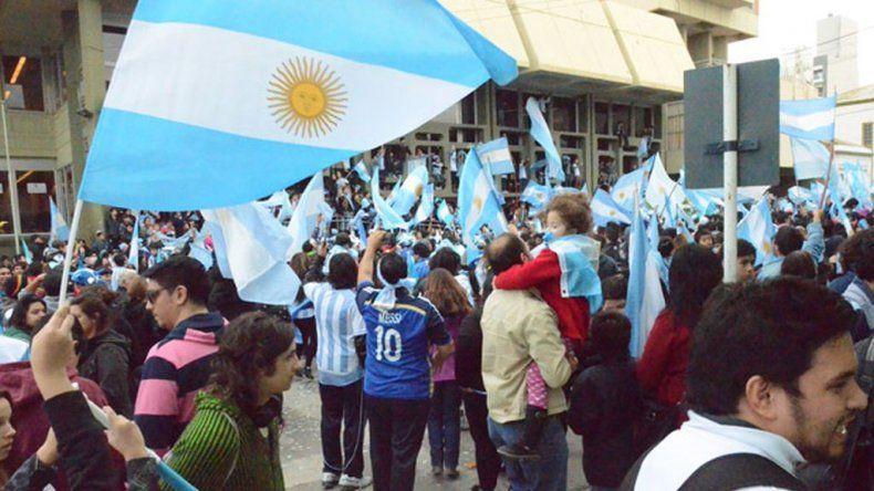 Preparan el operativo de seguridad por el partido Argentina- Chile