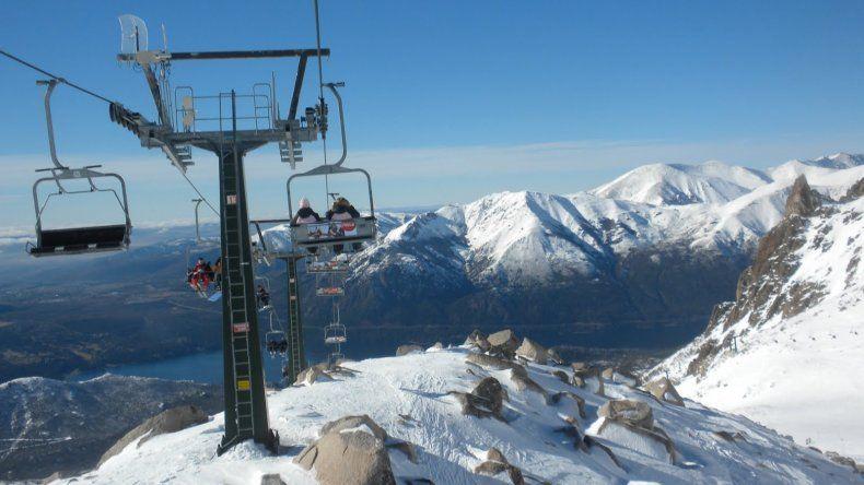 El cerro Catedral es pionero entre los centros de esquí de Sudamérica, y uno de los lugares más visitados durante el invierno en la Argentina.