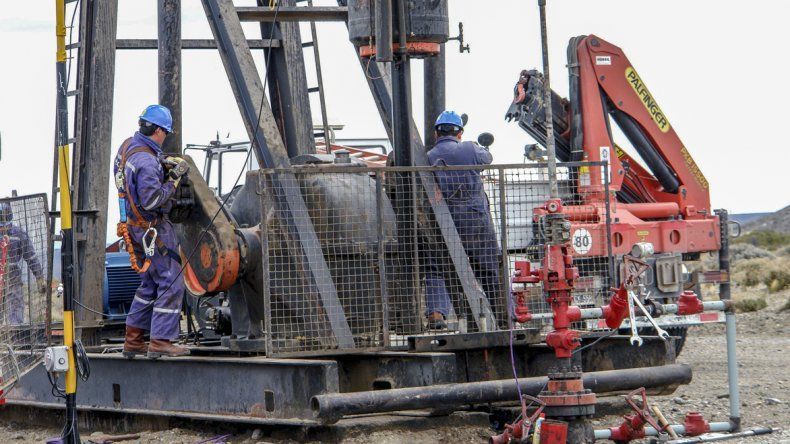 Ávila adelantó que un grupo de petroleros dejaría de pagar Ganancias