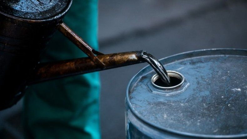 El petróleo trepó a u$s 33,22