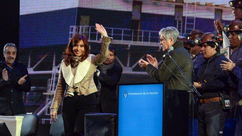 Cristina inauguró la central termoeléctrica de Río Turbio
