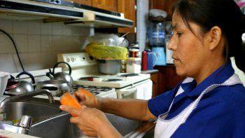 Empleadas domésticas acordaron un 24% de aumento