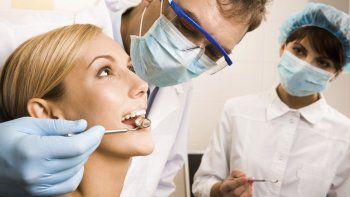 ¿Por qué hoy es el Día del Odontólogo?