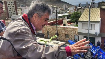 Mario Das Neves cerró su campaña en Comodoro con un acto en Ameghino y Francia.