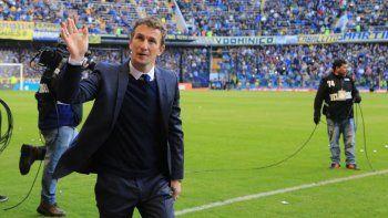 Rodolfo Arruabarrena hizo oficial su respaldo a Angelici, un día después de salir campeón del torneo de Primera división.