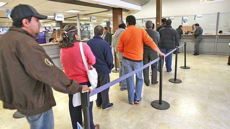 ¿Cómo atenderán los bancos el 24 y el 31 de diciembre?