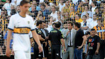 ¿Qué decía la remera que le tiraron al Vasco Arruabarrena en Rosario?