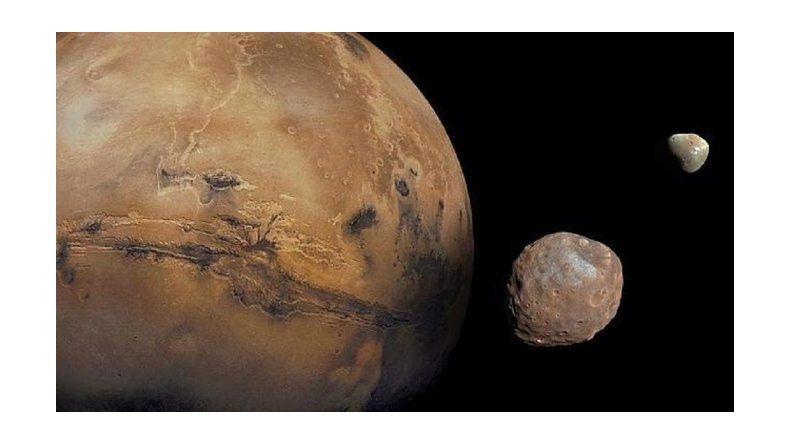 Conocé a Fobos, la luna de Marte que se está rompiendo poco a poco