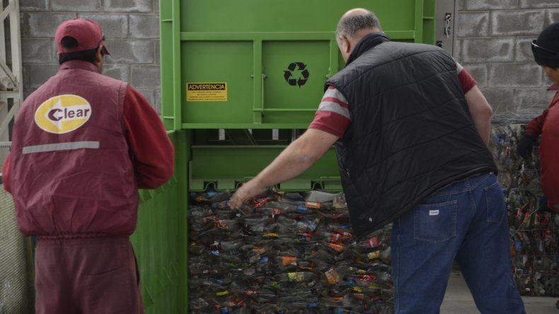 En el encuentro se resaltó la importancia que tiene un correcto tratamiento de los residuos.