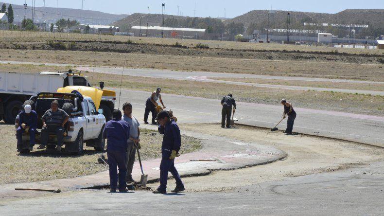 En el autódromo General San Martín están puliendo los últimos detalles en la pista que utilizará el TC.