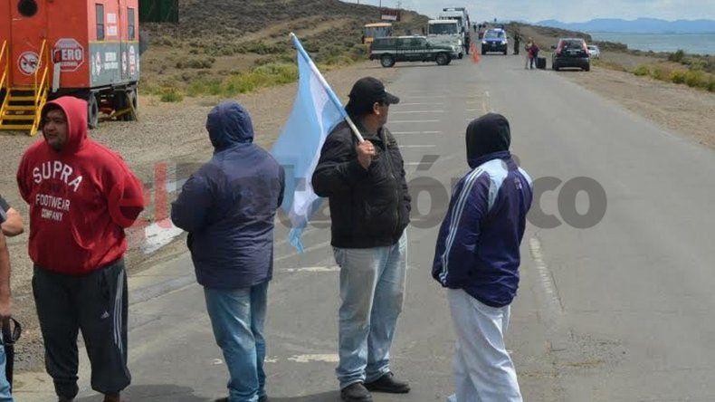Municipales de Caleta cortaron la ruta por más de dos horas