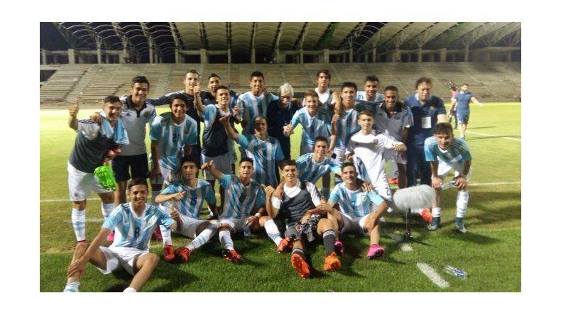 Sudamericano Sub 15: la Selección goleó en el debut a Colombia