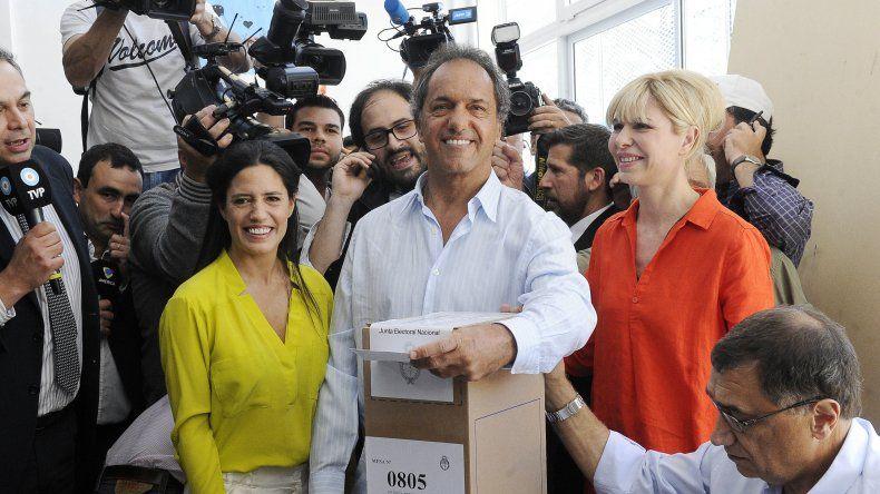 Scioli: la gente votará en defensa de su futuro
