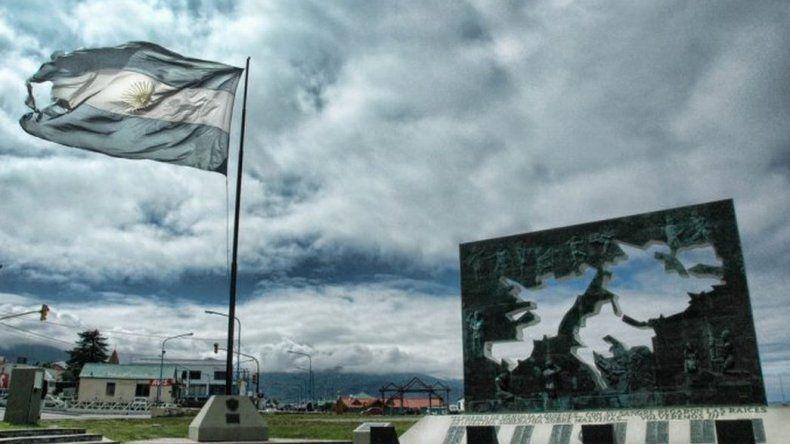 Los kelpers celebran un triunfo de Macri