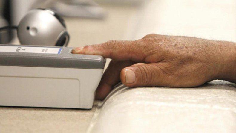 ANSeS: hasta el 31 de diciembre registrarán huellas a jubilados