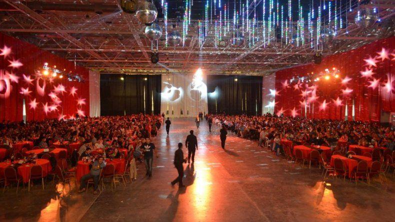 Más de 1500 municipales fueron agasajados en el Predio Ferial