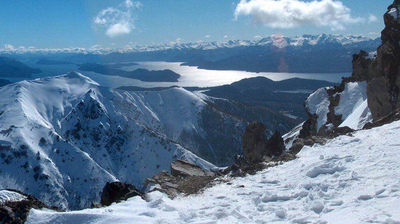Buscan a andinista que cayó por una grieta del cerro Tronador