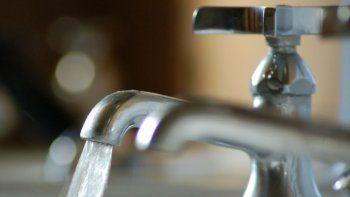 hoy a las 20 cortaran el agua en barrios de zona norte