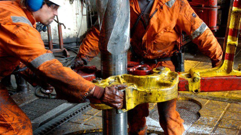 Mañana es la reunión decisiva en Buenos Aires por la crisis petrolera