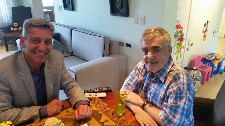 Mario Das Neves junto a Mariano Arcioni. Esta tarde asumen en la Gobernación de Chubut.