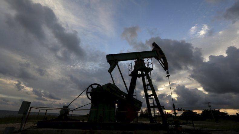 El petróleo repunta un 2,2% a u$s 30,54