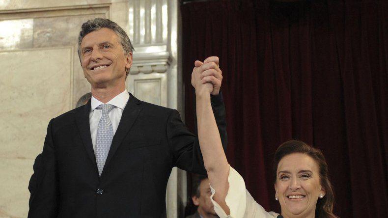 Macri juró como presidente ante la Asamblea Legislativa junto a la vicepresidenta Gabriela Michetti.