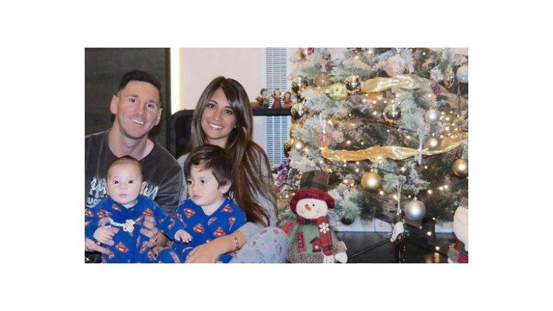 Lionel Messi presentó a Mateo con una tierna foto familiar