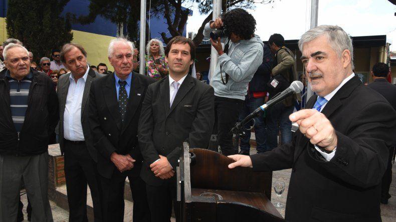 El gobernador Mario Das Neves confirmó ayer que Néstor Di Pierro irá a YPF y que Jorge Avila se hará cargo de Petrominera.