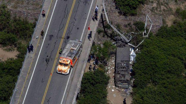 Tragedia en Salta provoca la muerte de gendarmes.