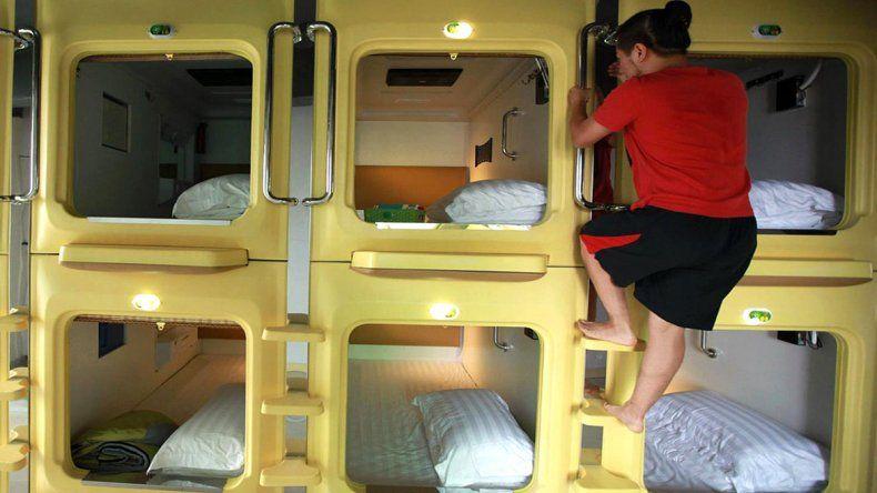 Las camas están dentro de una especie de cápsula