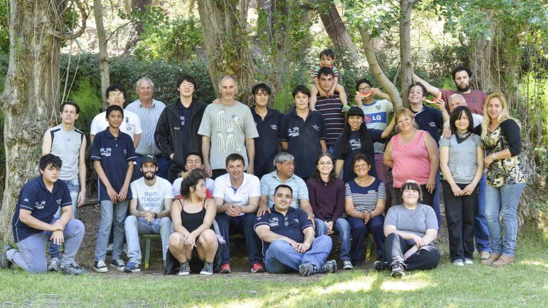 El equipo de Proyecto Puente sigue trabajando en beneficio de la comunidad.