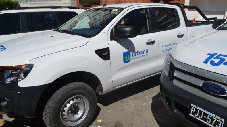 Urbana entregó 3 camionetas 0 km a la Subsecretaría de Medio Ambiente
