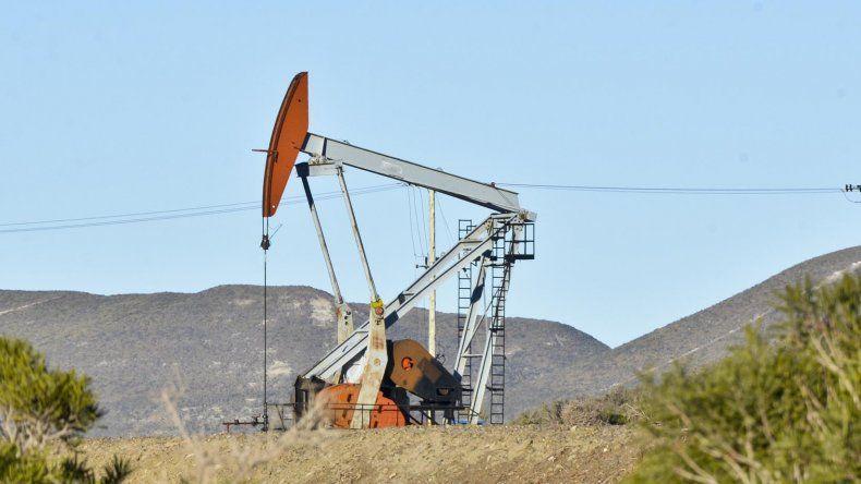 El panorama es más negro a medida que pasan las horas. Anoche todo se encaminaba a confirmar que el año empezará con despidos en la industria petrolera.