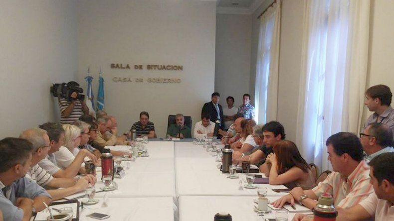 Das Neves y su gabinete hacen el primer balance