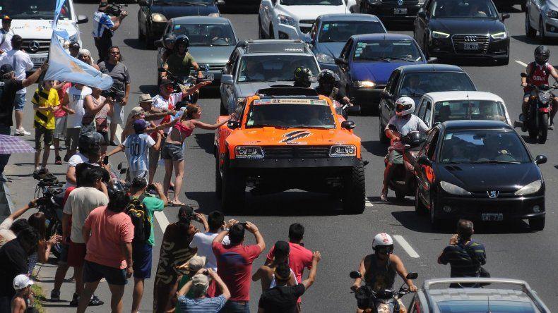 El Rally Dakar 2016 arrancó de manera accidentada y se suspendió el Prólogo
