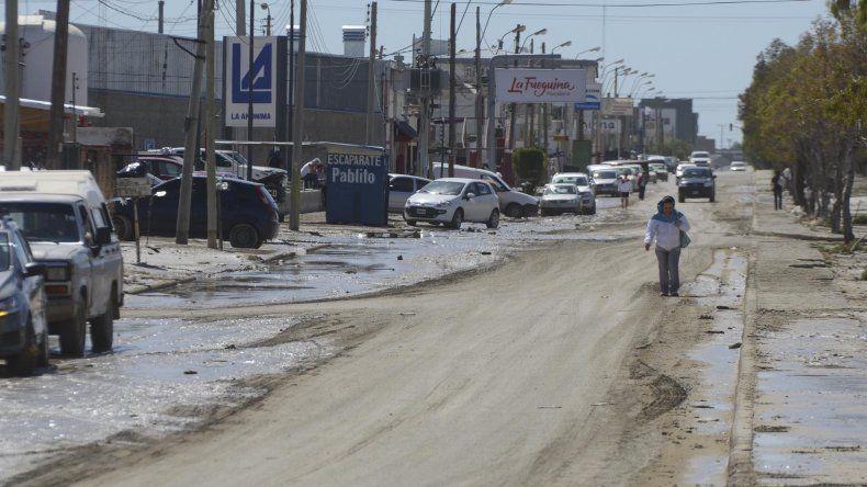 El estado que presentaba ayer la avenida Chile.